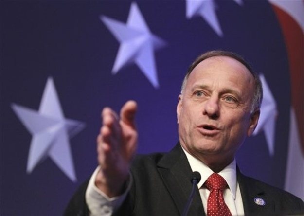 Rep. Steve King Defends White Nationalist On Conservative Panel